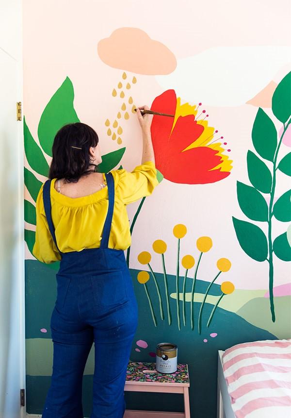 7 DIY Wall Mural via simphome