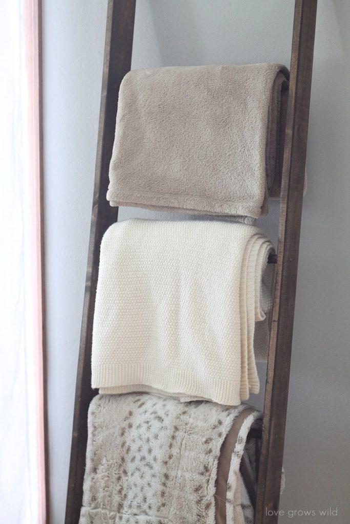 simphome blanket ladder