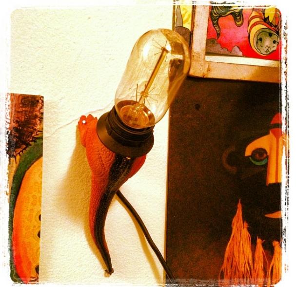 19 Toy lamp via simphome