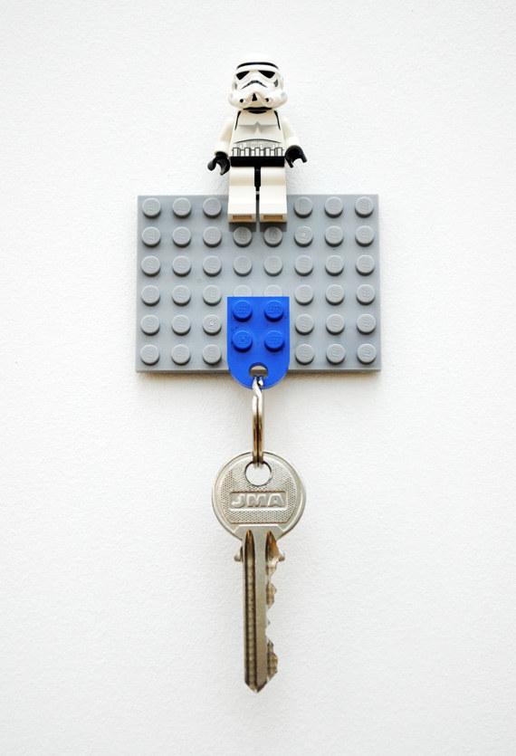 2 Lego key holder via simphome