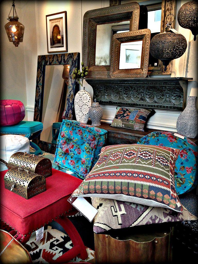 15 moroccan furniture