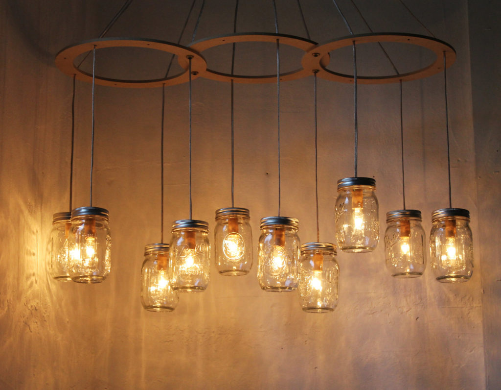 2 Mason jar light fixture via simphome