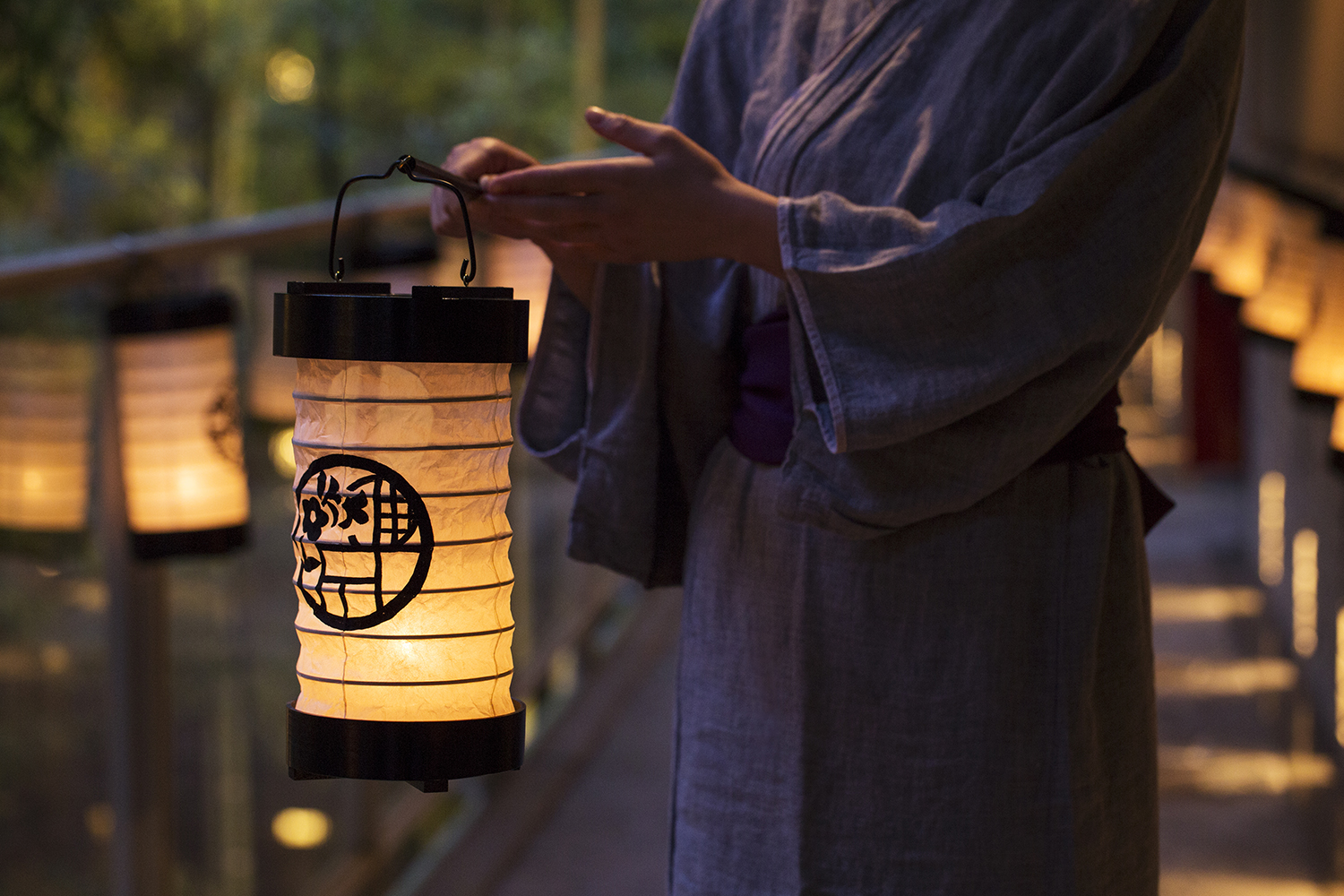 21 Japanese traditonal lantern by Hoshino Resorts Magazine