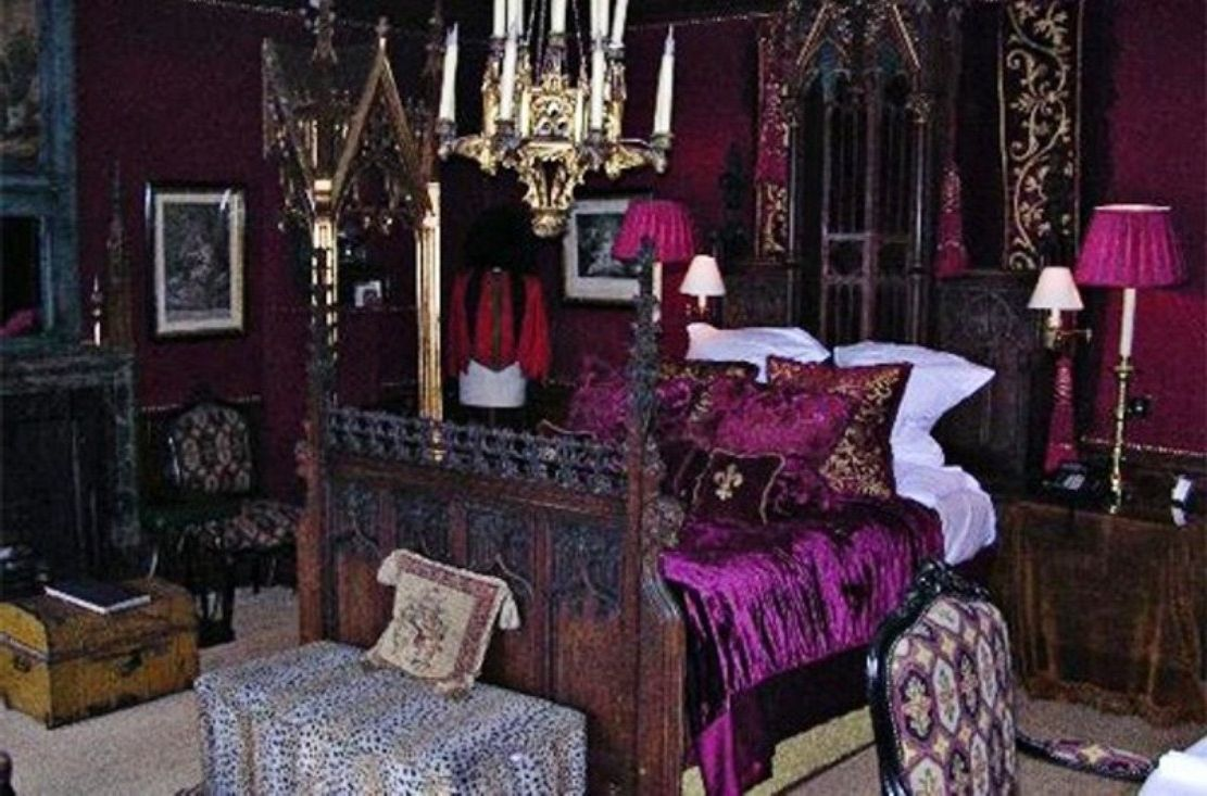 Gothic home decor color via simphome 3 purple