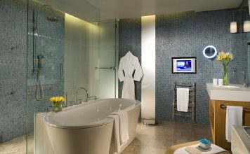 Simphome modern Residential Suite Bathroom