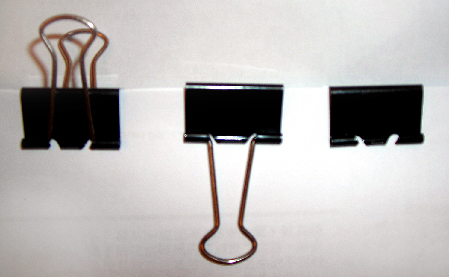 Three binder clips Simphome com