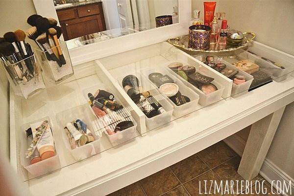 21 glass top make up vanity