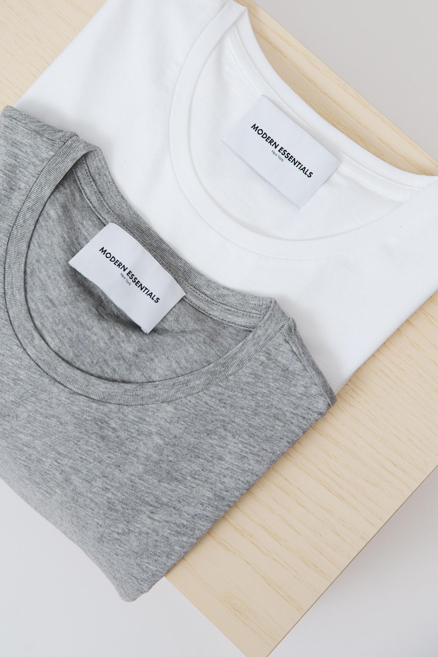 3 Use this Shirts Folding Technique via simphome