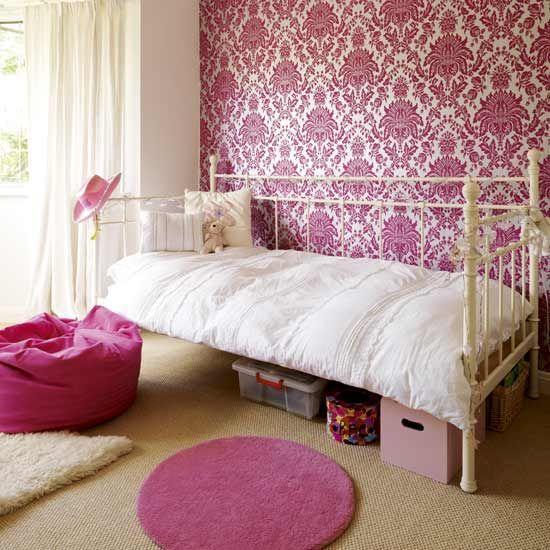 pinky bedroom design