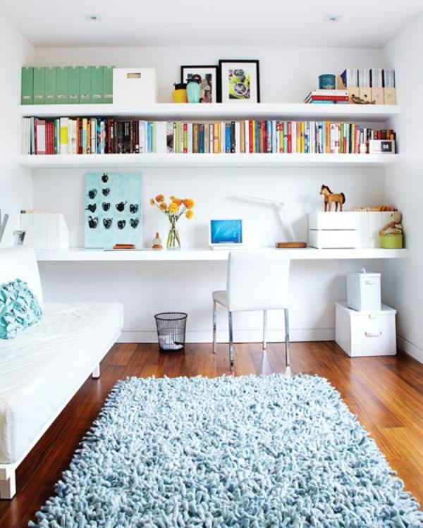 home office floating shelves via simphome