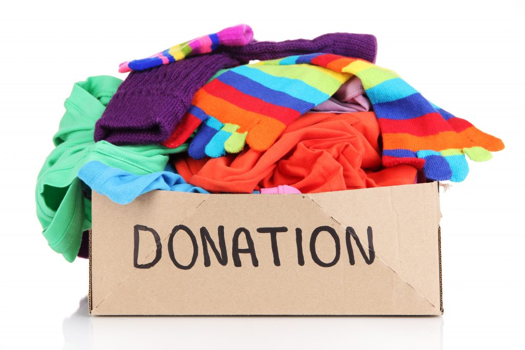 simphome donating clothes