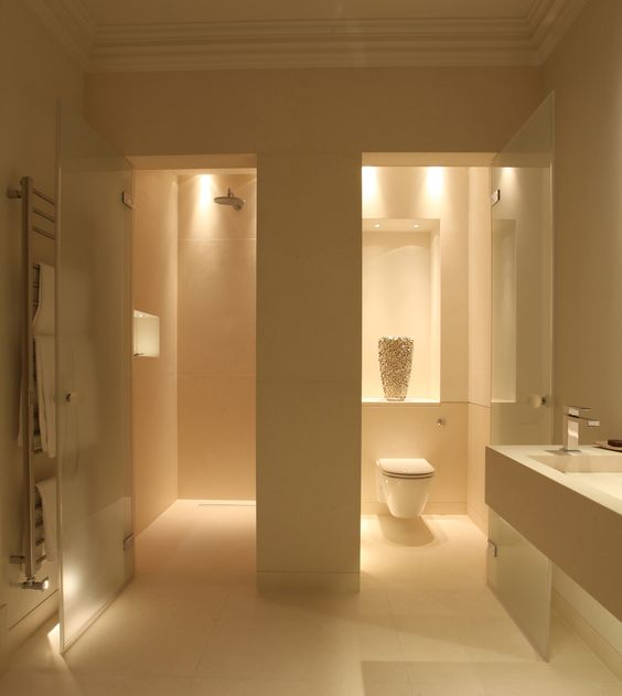 simphome fancy bathroom