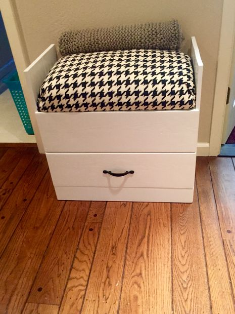 simphome old dresser chair