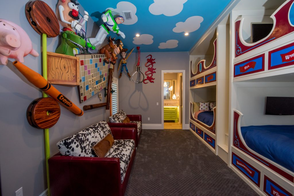 simphome toy story bedroom