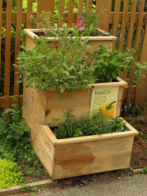 simphome tiered garden