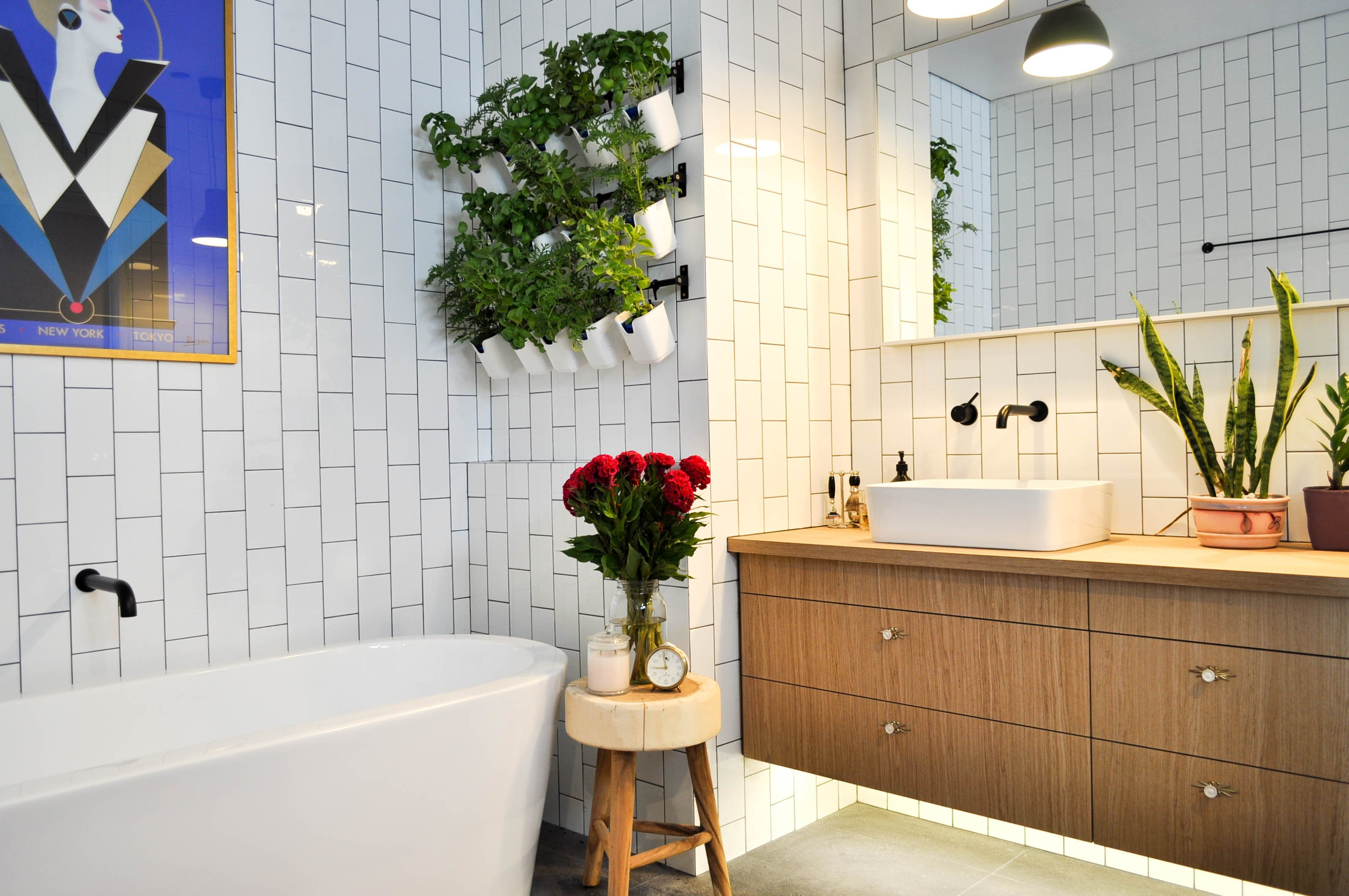 6 How to Makeover Your Bathroom For Under 100 VIA SIMPHOME