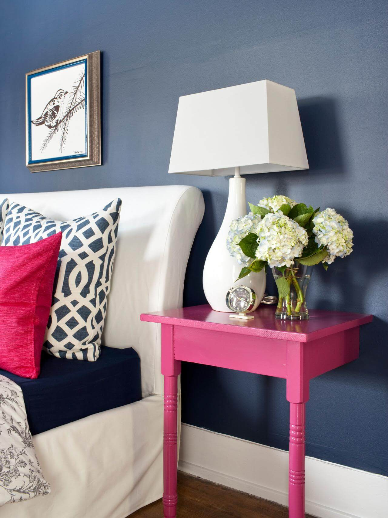 Creative and Chic DIY Nightstands 28 Simphome com
