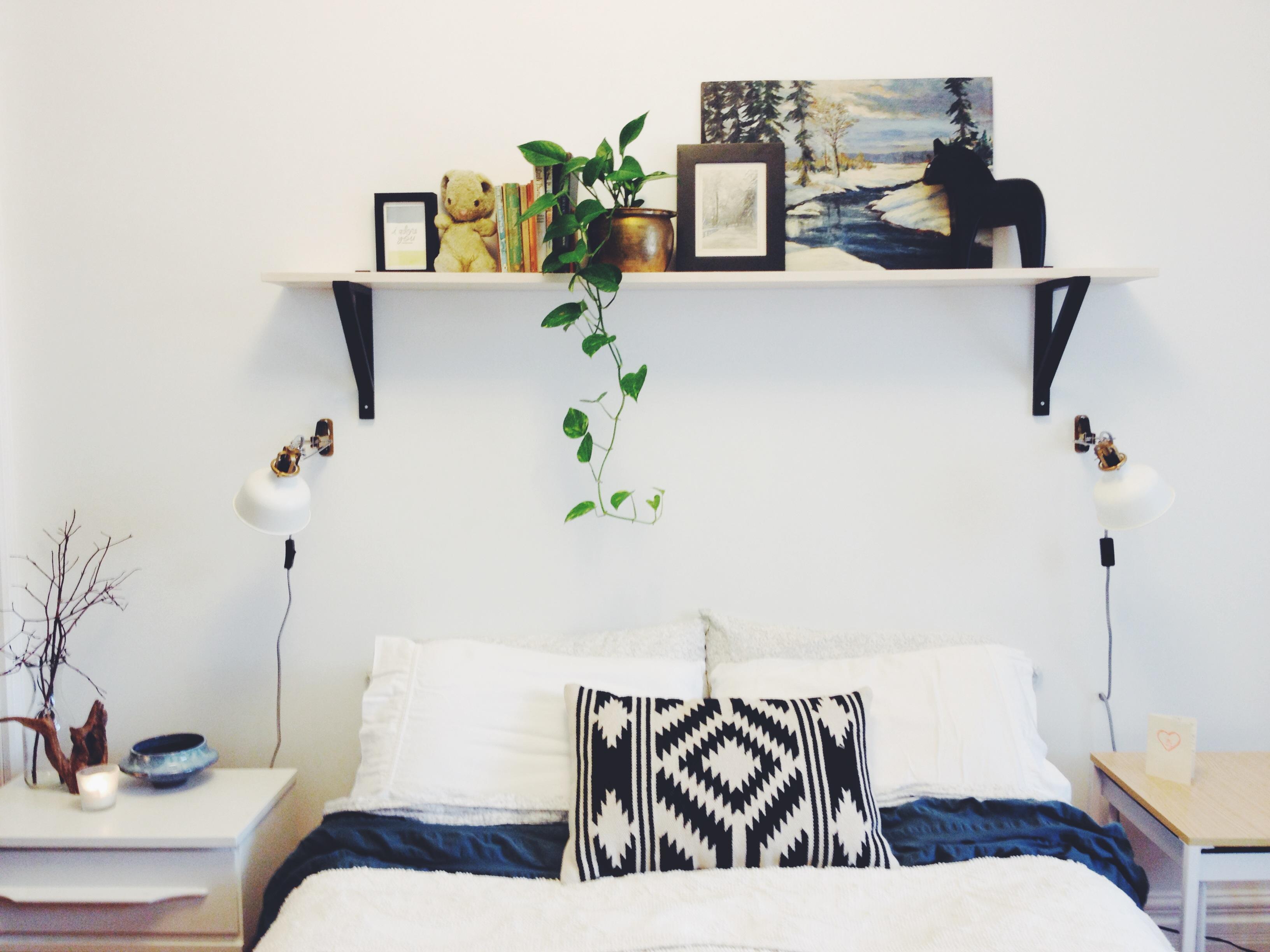 12 DIY Shelf Over The Bed Simphome com