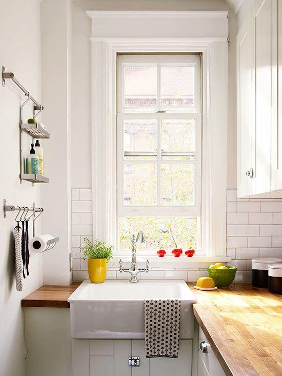 9 Minimalist kitchen with extra large windows Simphome com