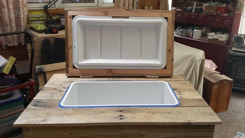6 Clever DIY Rustic Cooler Simphome com