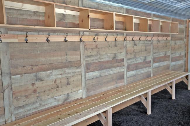 7 Locker room bench Simphome com