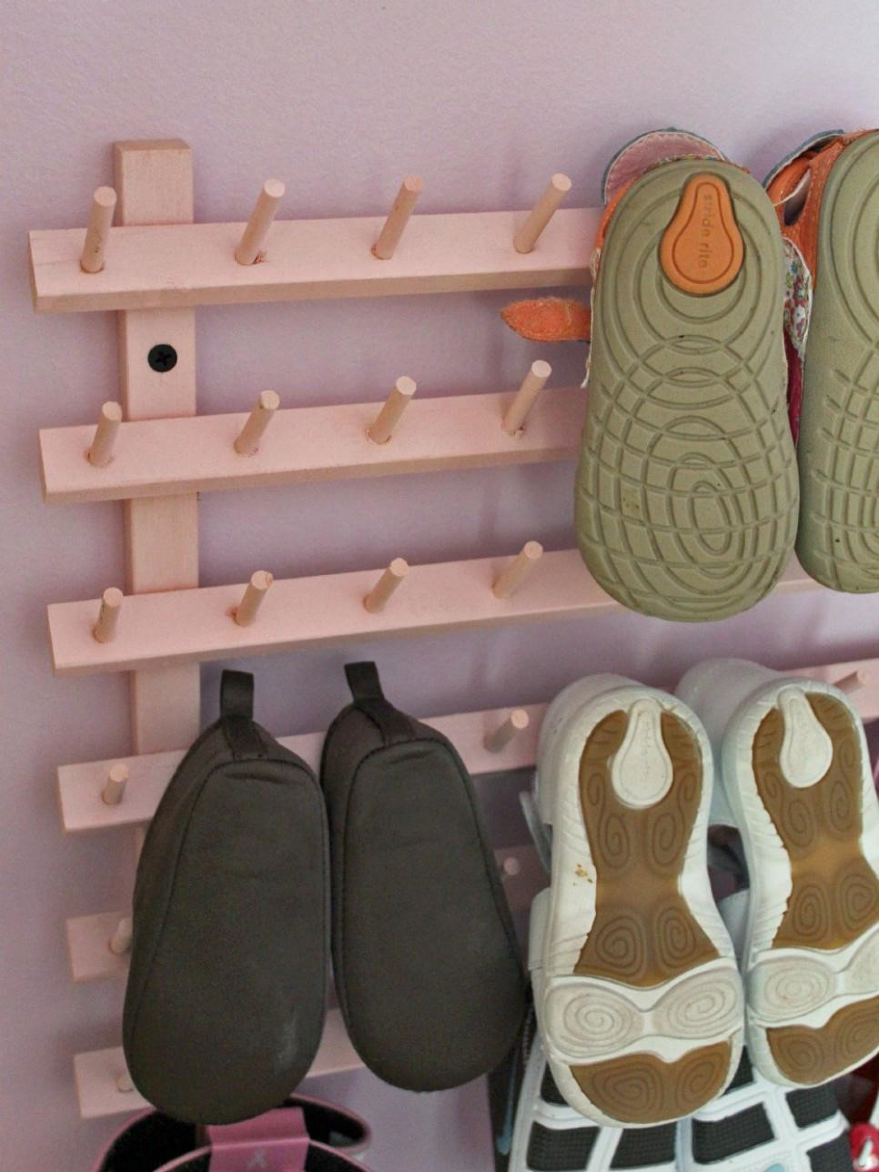 4 Upcycling Wooden Thread Rack Simphome com