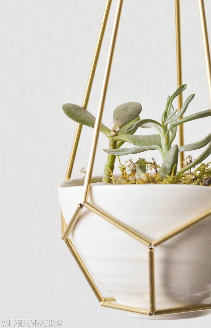 9 DIY Leather and Brass Teardrop Hanging Planter Simphome com