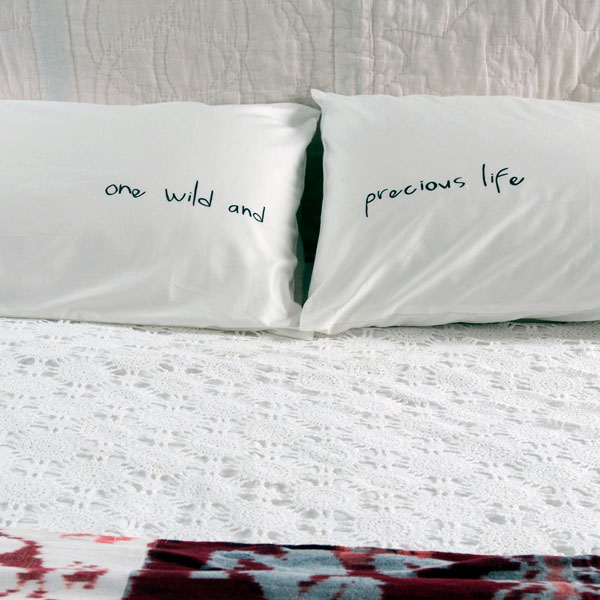 4 A Motivational Quote on the Pillow Simphome 2