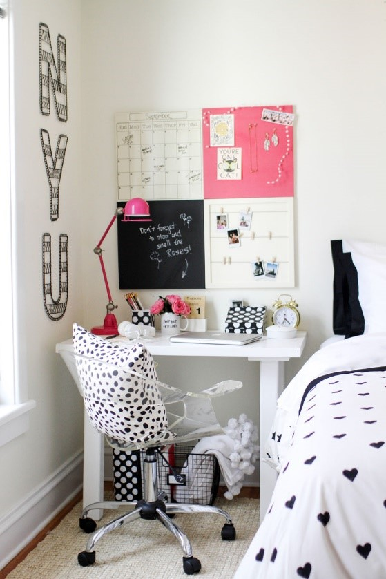 7 Add Style to your Desk Simphome com