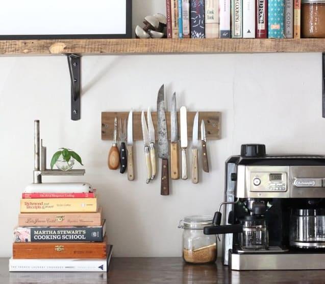 11.DIY Knife Rack