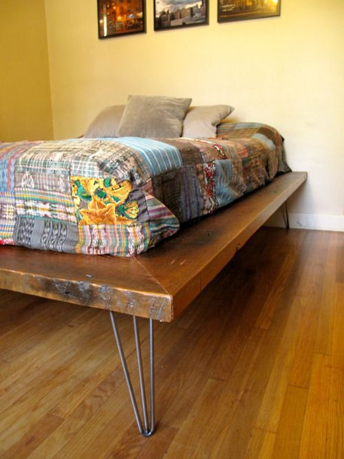 17 Reclaimed wood bedframe idea Simphome