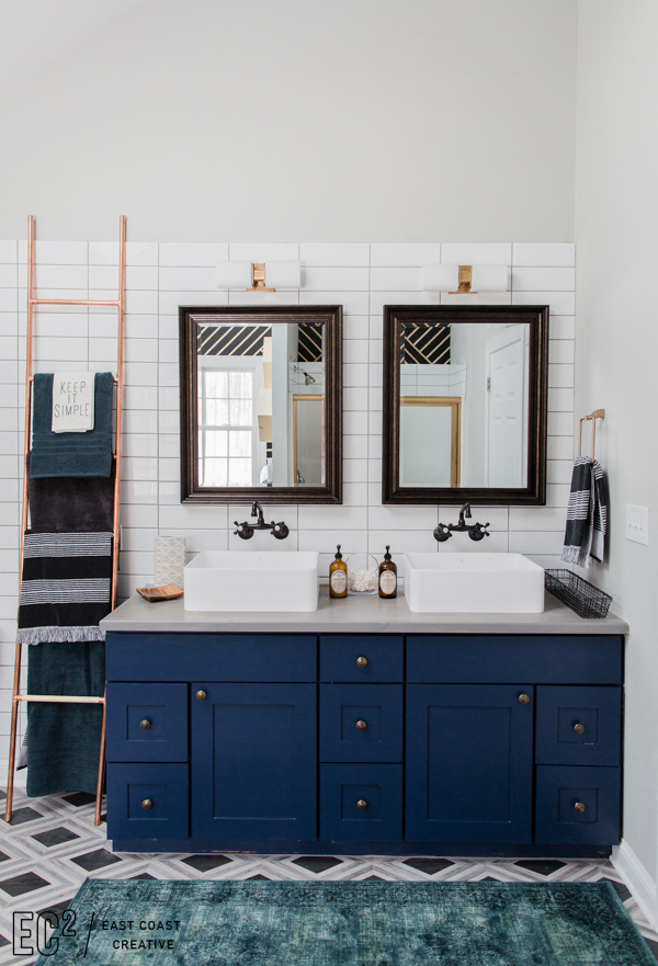2 Vintage Bathroom with Geometric Patterns via simphome