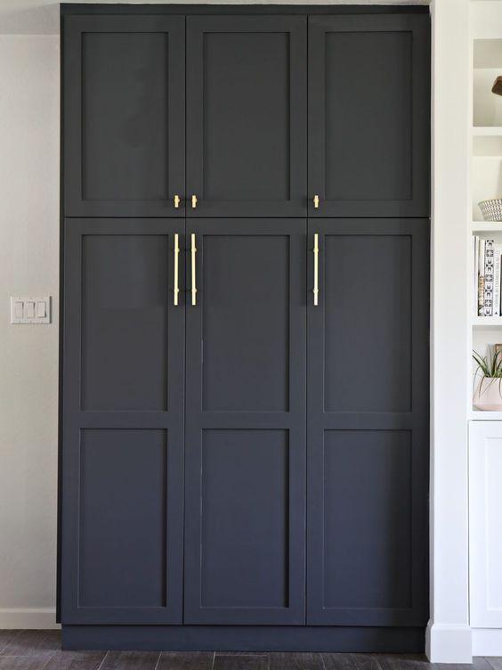 2.Built in pantry with semi handmade DIY SHAKER doors @simphome