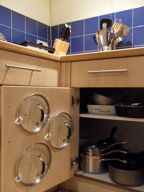 28 Pot Lid Storage via simphome com