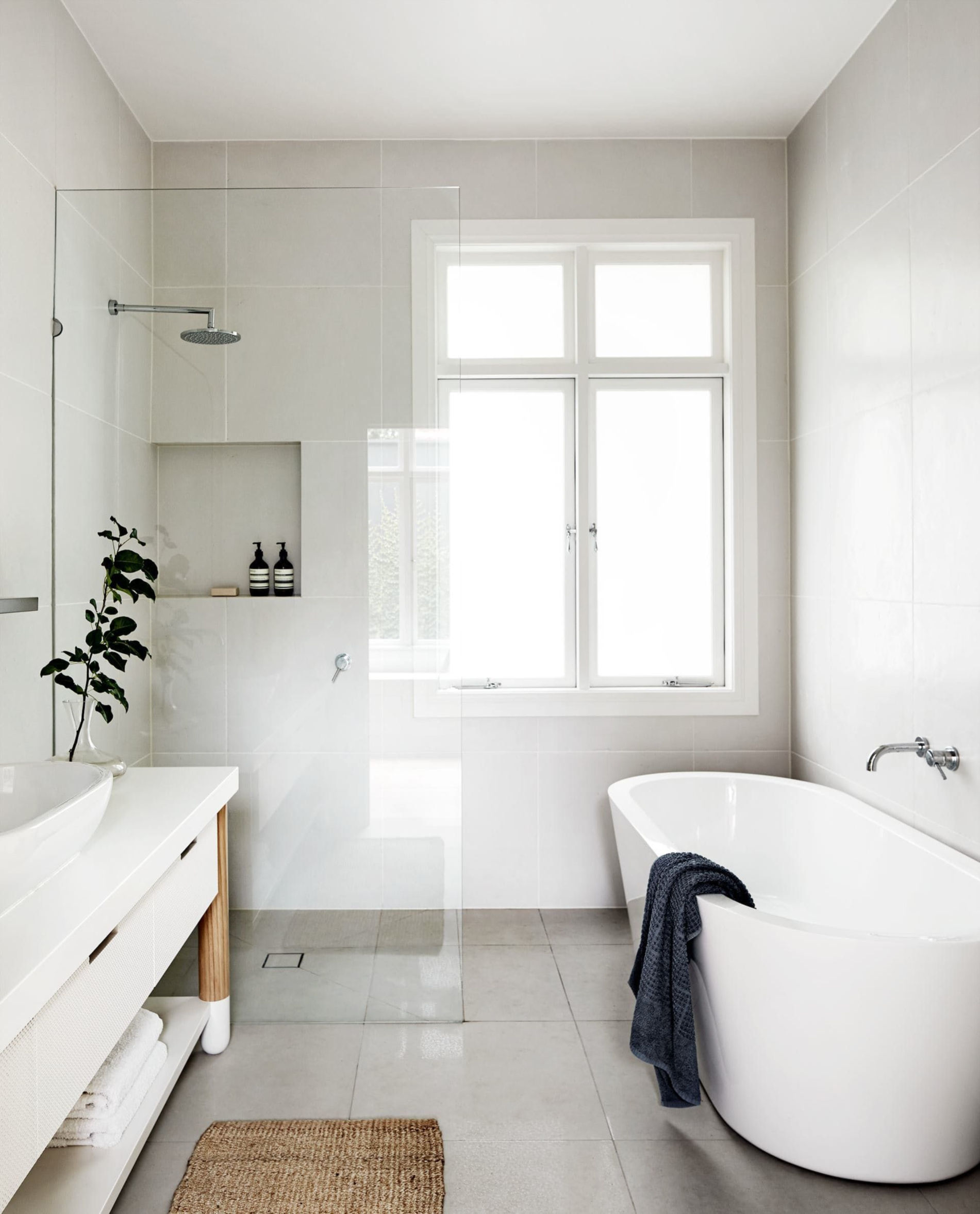 31 Small Bathroom remodel Ideas by Jekyll and hyde Simphome
