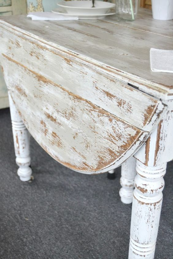 32 DIY Chippy Painted Table via simphome