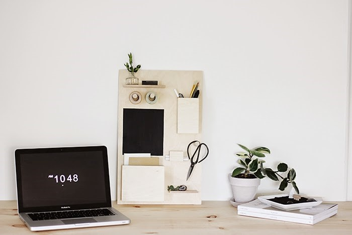 5 DIY Desk organizer via Simphome