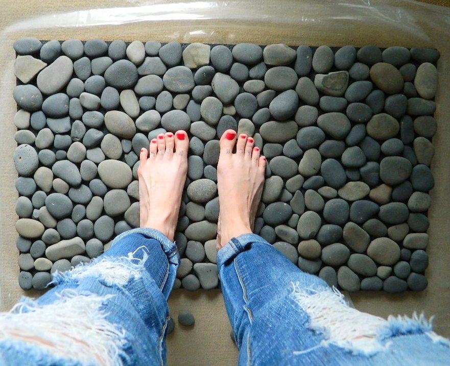 9 DIY Stone Bath Mat via Simphome