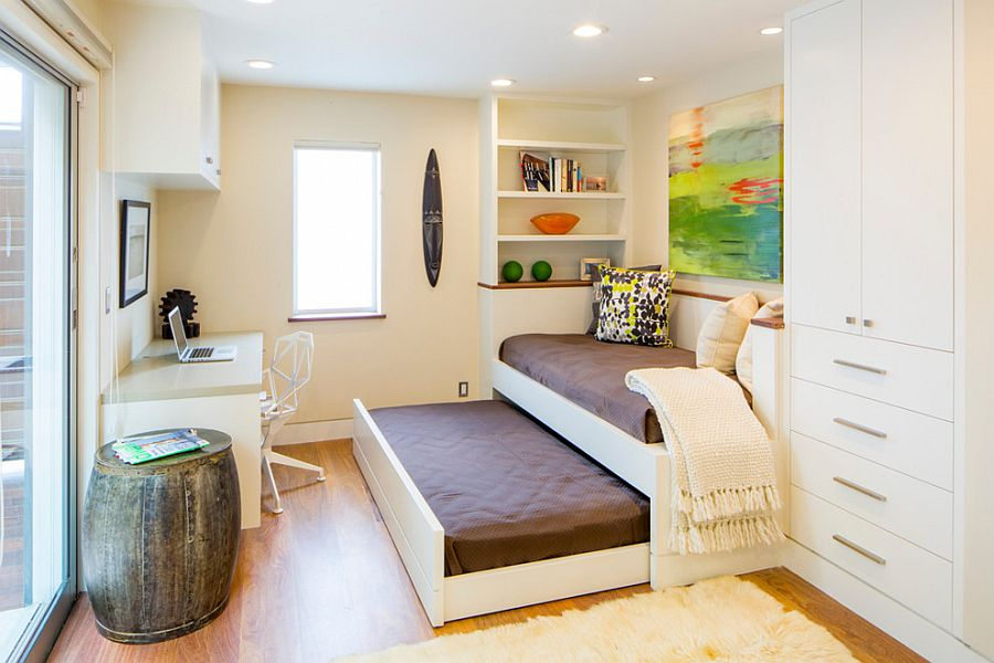 9 Shoving Your Twin Bed Against the Wall via Simphome