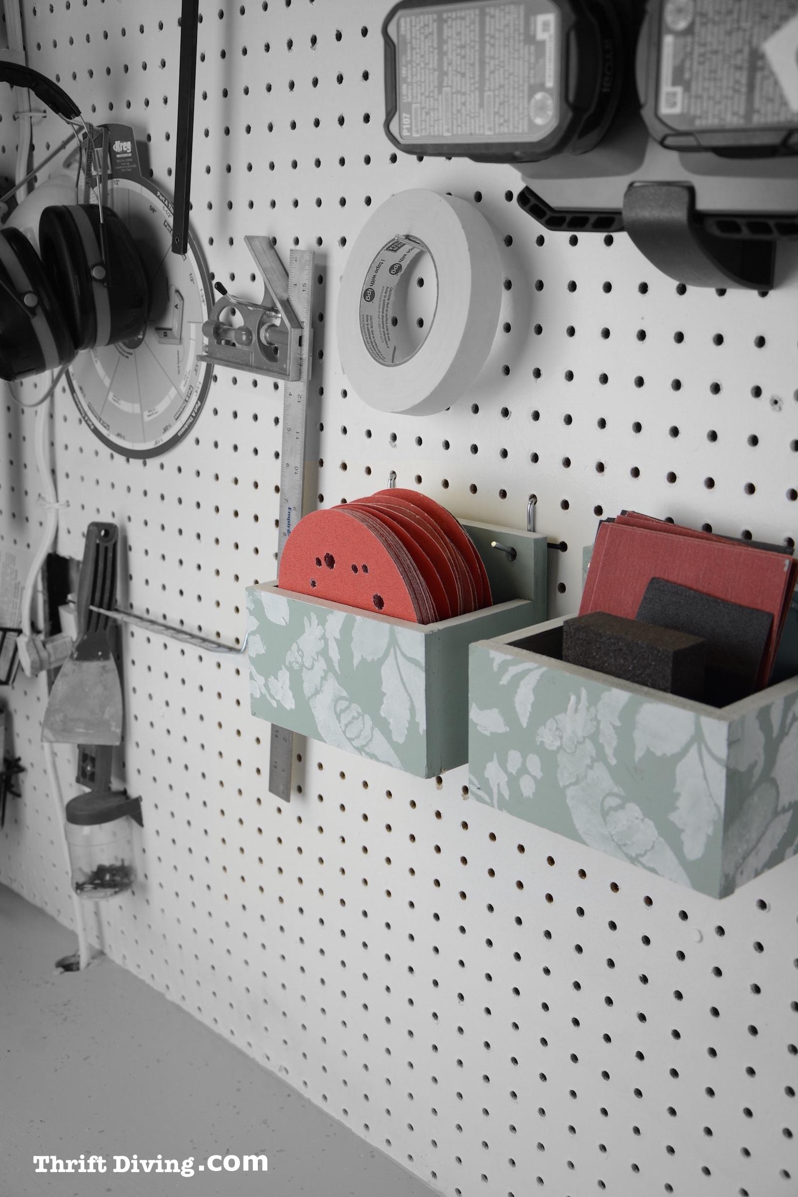 6 DIY Pegboard Shelf via simphome