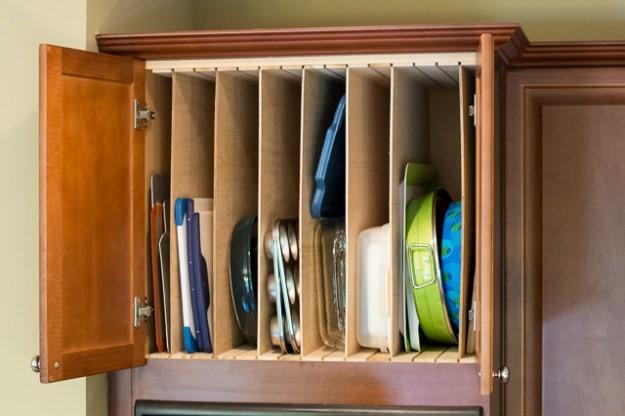8 Simple Shelf Dividers via simphome