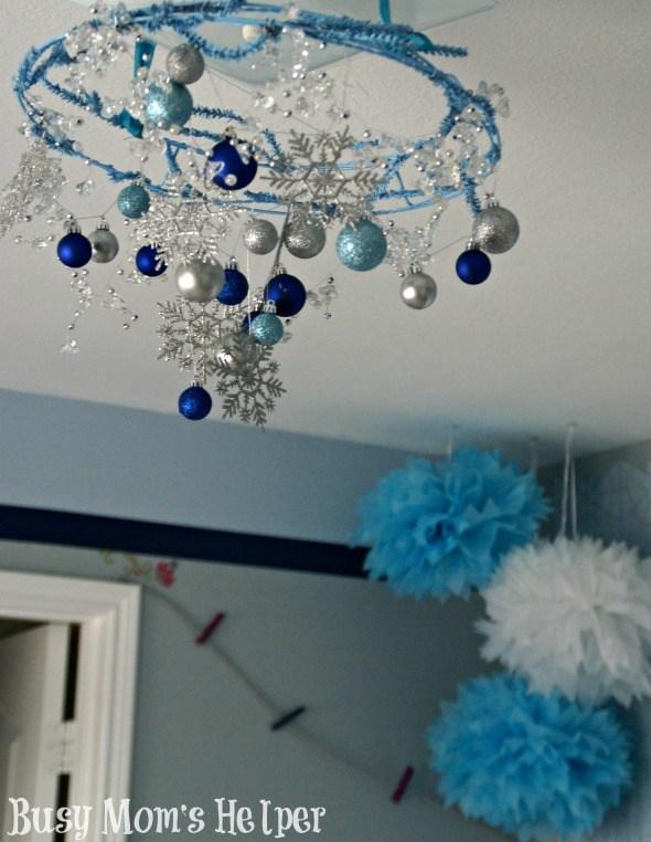 1 Frozen Themed Bedroom via simphome
