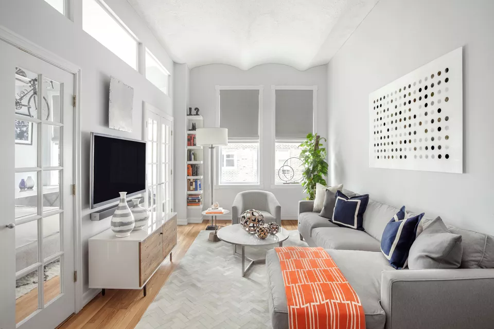 1 Match Your Furniture with The Walls via simphome