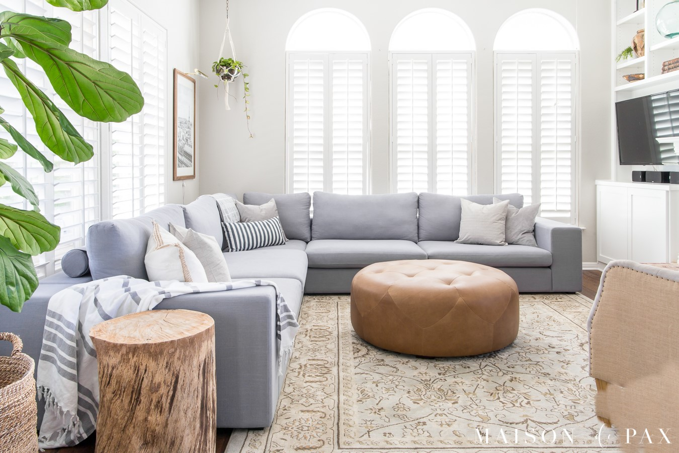 10 Use Multipurpose Furniture via simphome