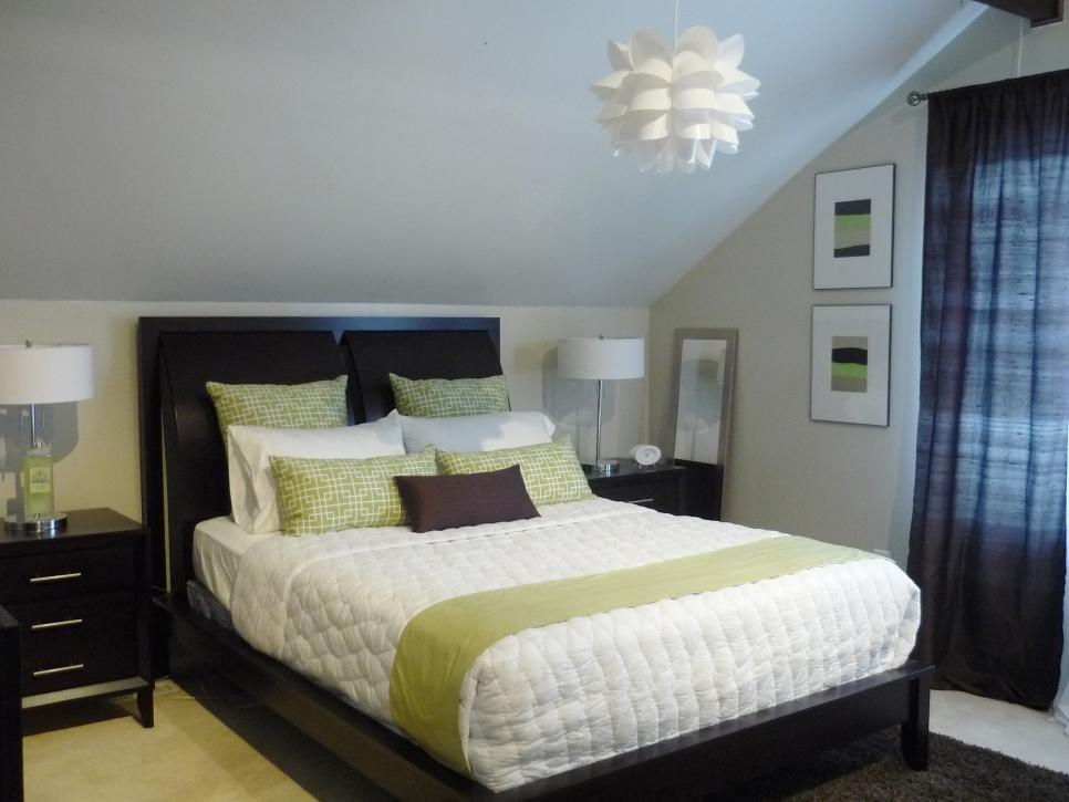 2 Minimalist Traditional Bedroom via simphome