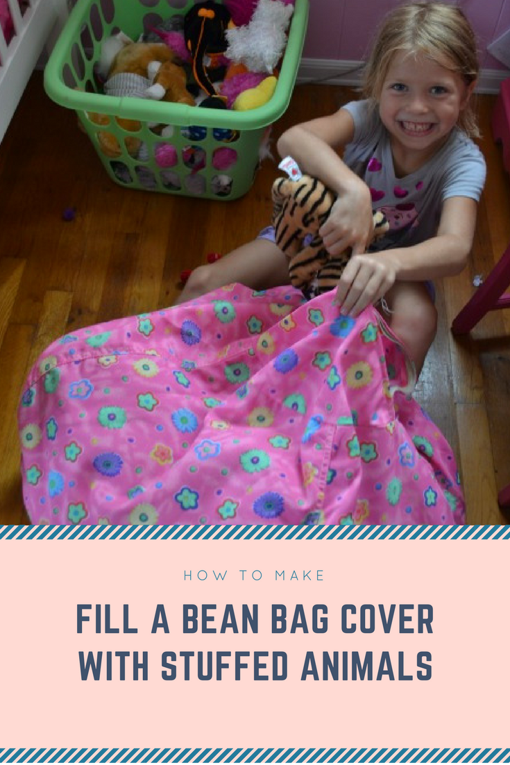 20 Fill a bean bag cover with stuffed animals via simphome