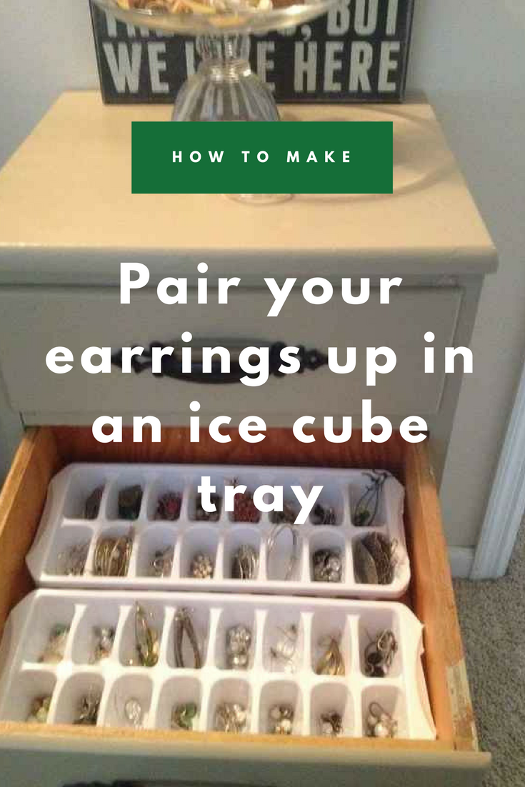 3 Pair your earrings up in an ice cube tray via simphome