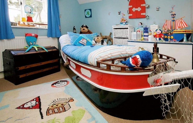 4 Pirates of The Bedroom via simphome