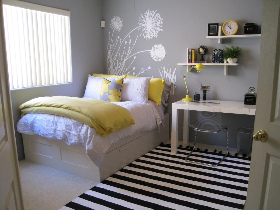 5 Swap the Headboard with Mural Art via simphome