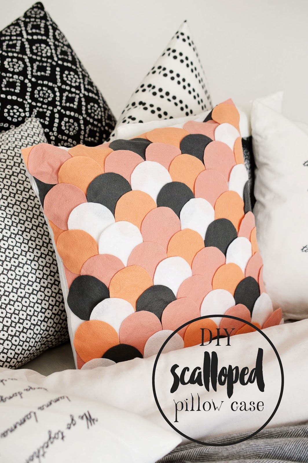 6 Accentuate Your Pillow Case via simphome